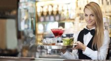 Advantages Of Hiring A Waitress In Melbourne